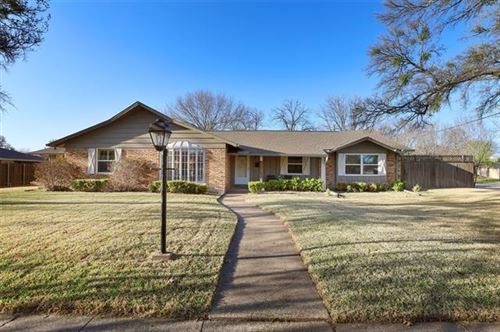 Photo of 11520 Cromwell Circle, Dallas, TX 75229 (MLS # 14556187)