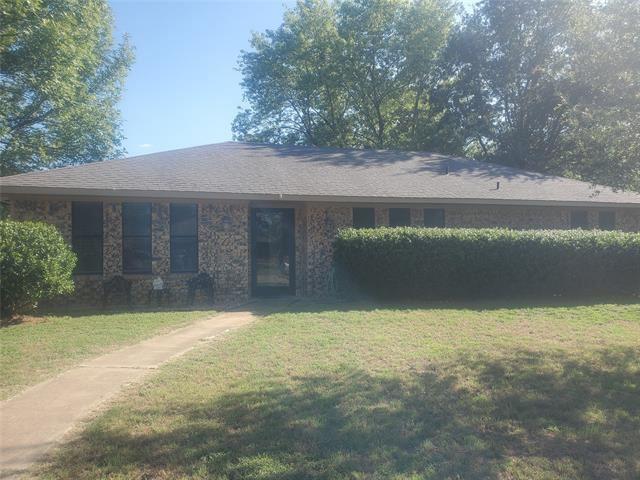 2800 Regal Drive, Denison, TX 75020 - #: 14648187
