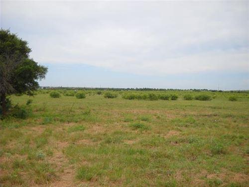 Photo of 4636 Hampton Road, Denton, TX 76207 (MLS # 14415188)