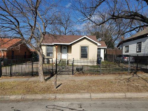 Photo of 3109 Avenue L, Fort Worth, TX 76105 (MLS # 14502192)