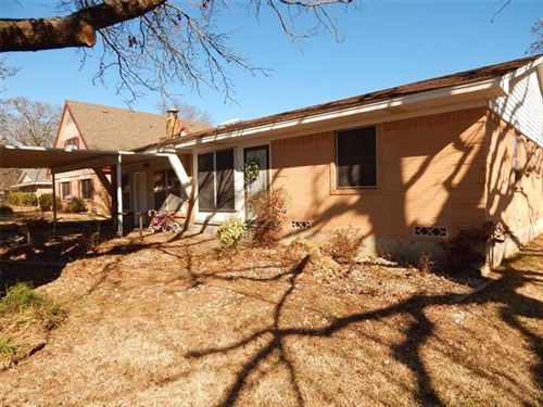 Photo of 176 Circle Drive, Denison, TX 75021 (MLS # 14223193)