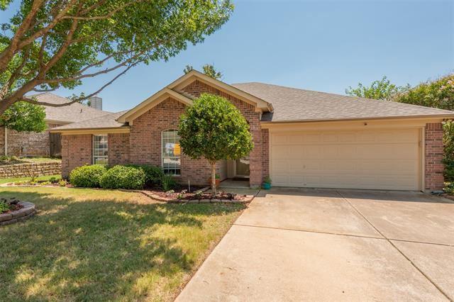 4902 Bradley Lane, Arlington, TX 76017 - #: 14393194