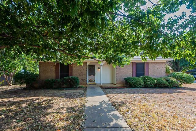 5405 Jason Drive, Arlington, TX 76016 - #: 14676197