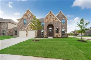 Photo of 800 Foxtail Drive, Mansfield, TX 76063 (MLS # 14027201)