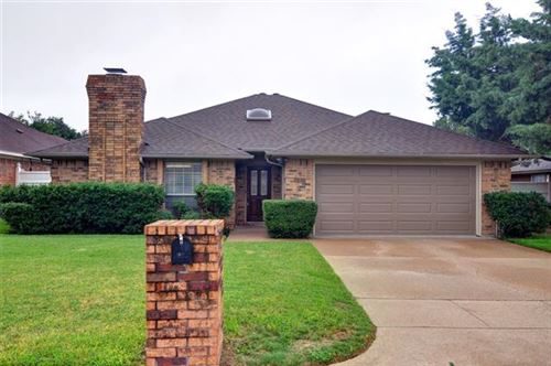 Photo of 5021 Alicia Drive, Fort Worth, TX 76133 (MLS # 14441202)