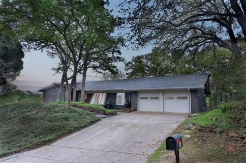 Photo of 720 King Drive, Bedford, TX 76022 (MLS # 14313203)