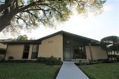 Photo of 408 Hilltop Lane, Wylie, TX 75098 (MLS # 14436203)
