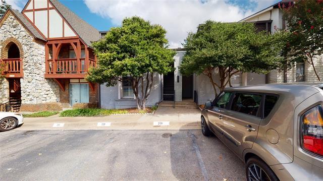 5807 Copperwood Lane #2120, Dallas, TX 75248 - #: 14672205