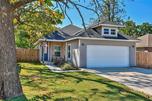 Photo of 308 Brockett Street, Collinsville, TX 76233 (MLS # 14452206)