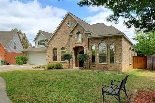 1104 Rosewood Drive, Grapevine, TX 76051 - #: 14550207