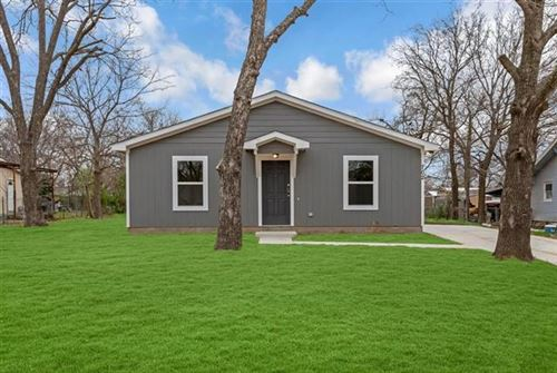 Photo of 702 N Taylor Street, Gainesville, TX 76240 (MLS # 14275208)