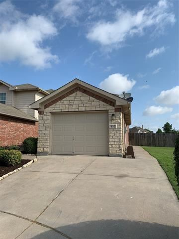 835 Hickory Street, Burleson, TX 76028 - #: 14620208