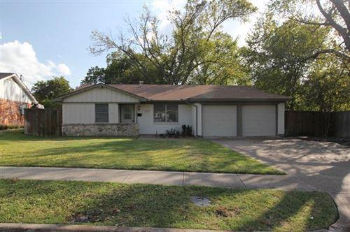 Photo of 727 Kindred Lane, Richardson, TX 75080 (MLS # 14461211)