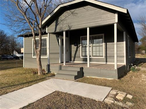 Photo of 602 Lawrence Avenue, Terrell, TX 75160 (MLS # 14497213)