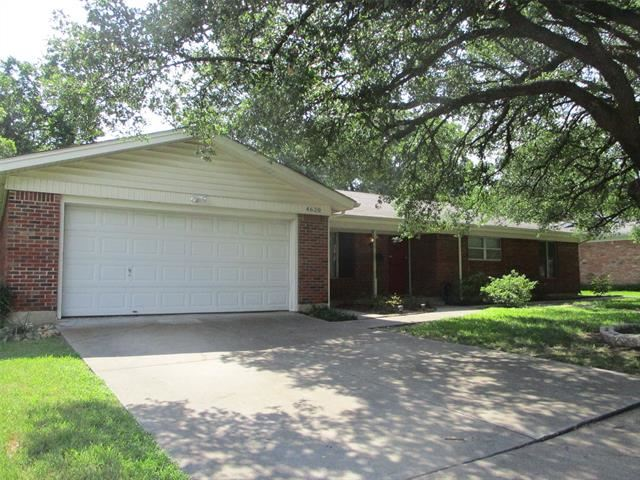4620 Norvell Drive, Haltom City, TX 76117 - #: 14618216