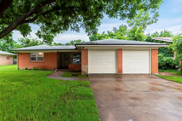 425 Bob Street, Hurst, TX 76053 - MLS#: 14585222
