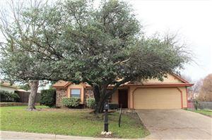 Photo of 512 Baldwin Avenue, Crowley, TX 76036 (MLS # 13988223)