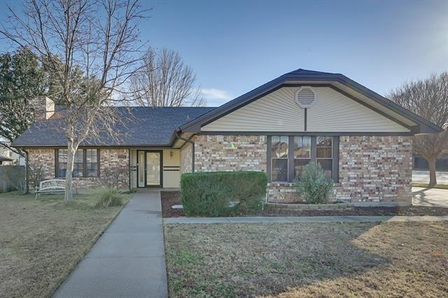 1927 Big Bend Drive, Grapevine, TX 76051 - #: 14500223