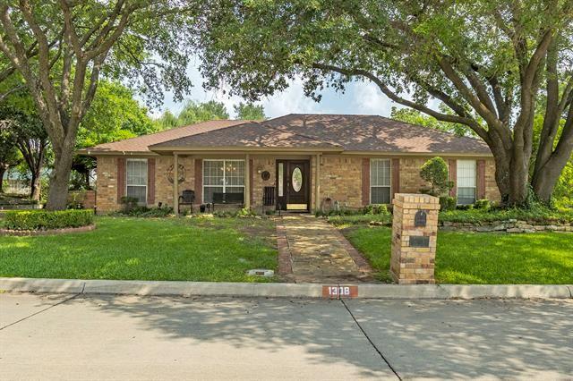 1308 Rockmoor Drive, Edgecliff Village, TX 76134 - #: 14632225