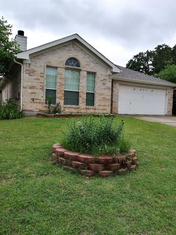 305 Sweetwater Drive, Weatherford, TX 76086 - #: 14590226