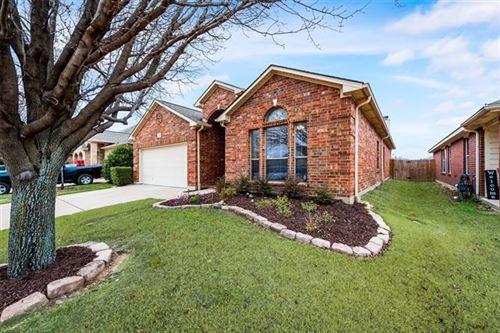 Photo of 1160 Roping Reins Way, Fort Worth, TX 76052 (MLS # 14503227)