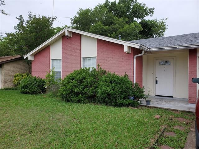 2712 Allen Avenue, Arlington, TX 76014 - #: 14586231