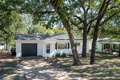 Photo of 1016 Park Drive, Denison, TX 75020 (MLS # 14694233)