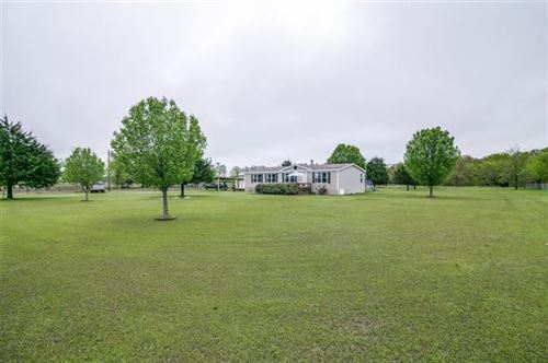 Photo of 1457 County Road 3529, Quinlan, TX 75474 (MLS # 14311235)