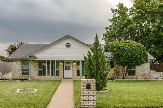 3317 Spring Valley Drive, Bedford, TX 76021 - #: 14612237