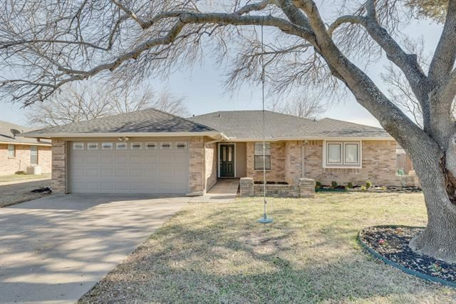 6824 Ridgetop Road, North Richland Hills, TX 76182 - #: 14526241