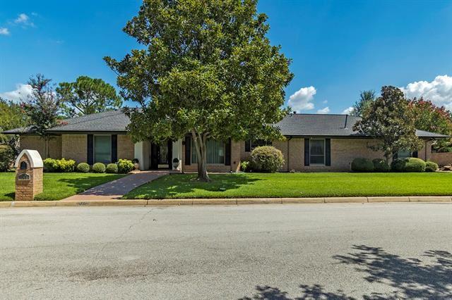 717 Havenwood Lane S, Fort Worth, TX 76112 - #: 14661241