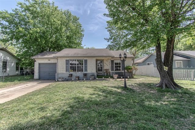 2225 Garrison Avenue, Fort Worth, TX 76105 - #: 14550248