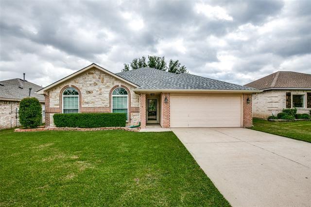 1073 Hillwood Drive, Saginaw, TX 76179 - MLS#: 14689248