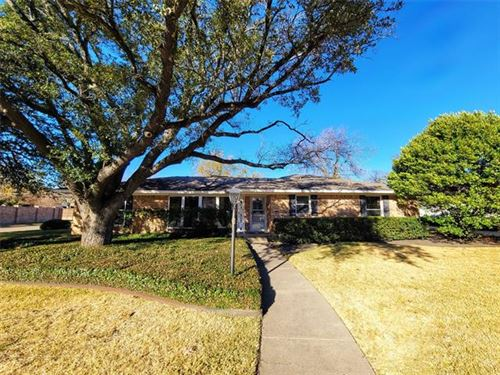 Photo of 5905 Williamstown Road, Dallas, TX 75230 (MLS # 14476250)