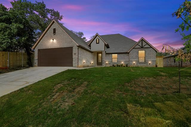 321 Norman Drive, Euless, TX 76040 - MLS#: 14607251