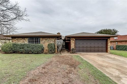 Photo of 7255 Church Park Drive, Fort Worth, TX 76133 (MLS # 14275252)