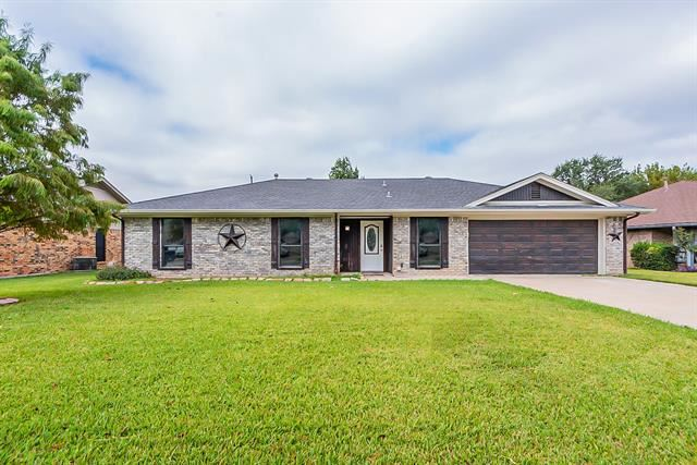 13 Christi Lane, Krum, TX 76249 - #: 14690254