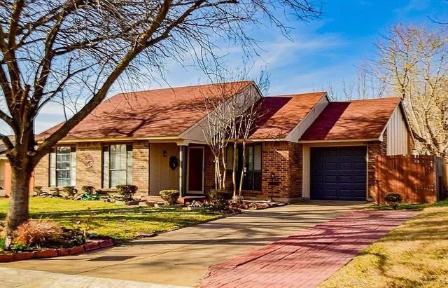 6971 Newberry Court W, Fort Worth, TX 76120 - #: 14535255
