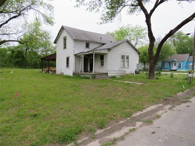 825 Smith Street, Gainesville, TX 76240 - MLS#: 14556256