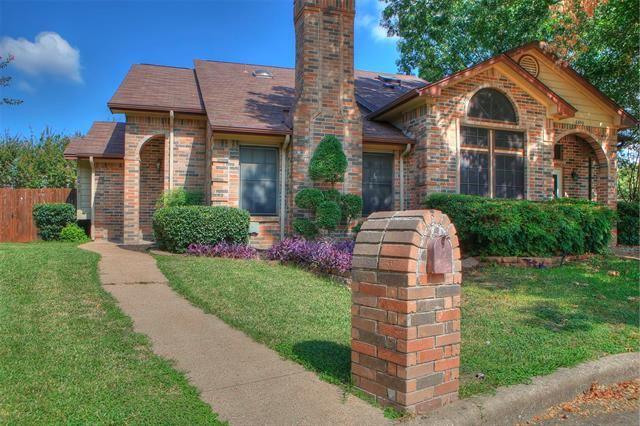 6402 Valleybrooke Court, Arlington, TX 76001 - #: 14531258