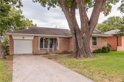 Photo of 2657 San Medina Avenue, Dallas, TX 75228 (MLS # 14265260)
