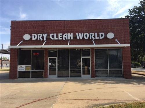 Photo of 204 S Ash Drive, Allen, TX 75002 (MLS # 14189261)