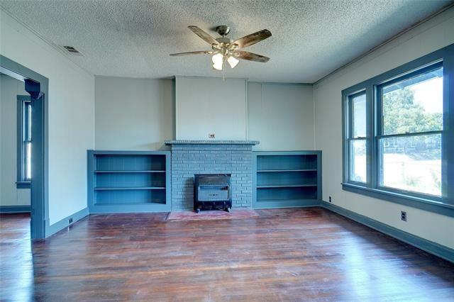 900 E Jefferson Avenue, Fort Worth, TX 76104 - #: 14667267