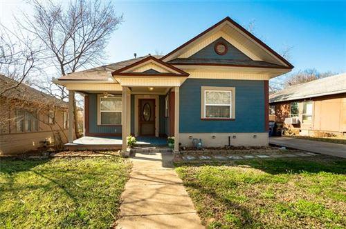 Photo of 114 E Heron Street, Denison, TX 75021 (MLS # 14530270)