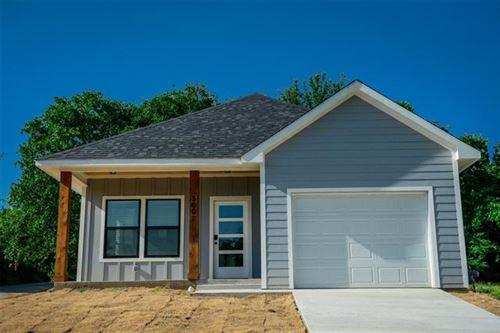 Photo of 500 W Parnell Street, Denison, TX 75020 (MLS # 14385272)