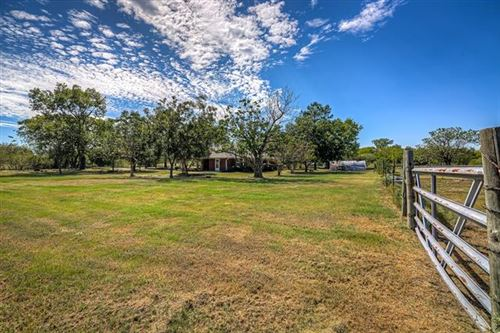 Photo of 2455 Vz County Road 2624, Wills Point, TX 75169 (MLS # 14194273)