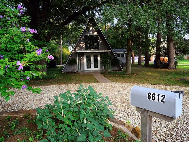 Photo for 6612 Crooked Lane, Flower Mound, TX 75022 (MLS # 14455273)