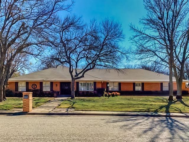 1024 Normandy Drive, Graham, TX 76450 - MLS#: 14521278