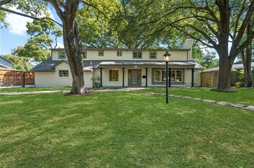 Photo of 3313 Overton Park Drive E, Fort Worth, TX 76109 (MLS # 14442279)