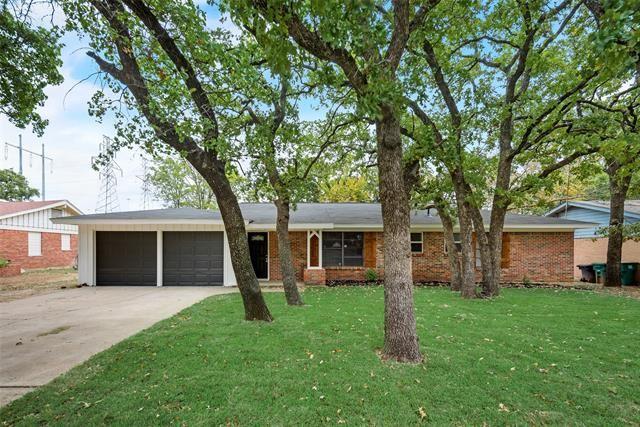 1405 Canterbury Circle, Fort Worth, TX 76112 - #: 14455281